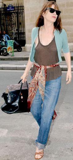Con Serge Gainsbourg con la Birkin di Hermès Jane Birkin (attrice e cantante inglese) è stata la protagoni...