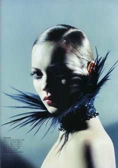 Kate Moss, photo by Mario Sorrenti, Harper's Bazaar US, 1998