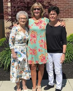 Three generations of women rocking in Agnes and Dora!  #womenclothes #fashion #rep #abettermewithaandd #womenover40 #womenover50 #agnesanddora #agnesanddorabykrista #agnesanddorarep #aandd #aanddandme #abettermewithaandd #shoplikearockstar #boutiqueshopping #boutique #dresses #tops #momswithstyle #ladiesfashion #everywomanbeautiful #instafashion #shopagnesanddora #moms #style