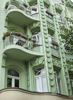 Art Nouveau to Art Deco transition: Balconies in Berlin Art Nouveau, Art Deco, Mint Green Aesthetic, Aesthetic Colors, Summer Aesthetic, Amazing Architecture, Architecture Details, Green Architecture, Green Colors