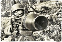 MG42, WWII