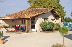 Gite rural Charente Maritime dans le beau village de Romazières