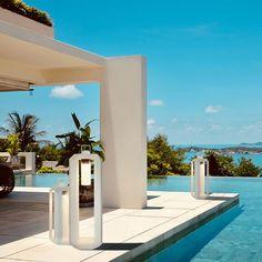 Outdoor Floor Lamps, Outdoor Candles, Outdoor Flooring, Outdoor Lighting, Gold Interior, Interior And Exterior, Backyard Pool Designs, Fancy Houses, Modern Lighting