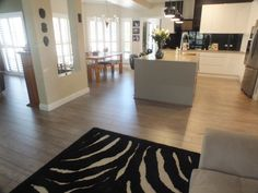 Look at this stunning laminate solution laid by Solomons Mt Gambier in one lucky owner's house.