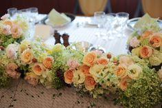 夏の装花 きれいめオレンジとミントグリーン 如水会館様へ : 一会 ウエディングの花 Table Flower Arrangements, Table Flowers, Table Decorations, Orange, Sweet, Joy, Candy, Dinner Table Decorations