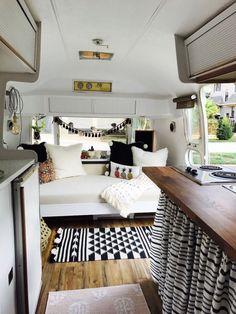 22 Gorgeous Farmhouse RV Interior Design Ideas For Comfort Holiday - Caravan Makeover, Caravan Renovation, Camper Makeover, Rv Interior, Campervan Interior, Interior Ideas, Interior Design, Trailer Interior, Motorhome Interior