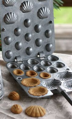 Russian Oreshki 11 5 Cookie Iron Made in USA ОРЕШНИЦА | eBay