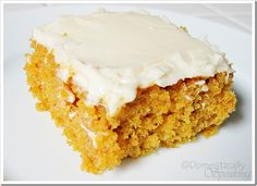 If you love pumpkin like I do you might want to check out my Pumpkin Spice Bread recipe too. {Pumpkin Spice Bars} 2 cups all-purpose flour 2 teaspoons baking powder 2 teaspoons ground cinnamon 1 teaspoon baking soda teaspoon … Cookie Desserts, Just Desserts, Delicious Desserts, Dessert Recipes, Yummy Food, Dessert Ideas, Pumpkin Recipes, Fall Recipes, Sweet Recipes