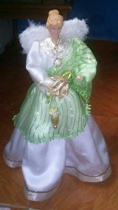 Christmas Angels, Crafts, Ideas, Decorated Bottles, Victorian, Manualidades, Handmade Crafts, Diy Crafts, Craft