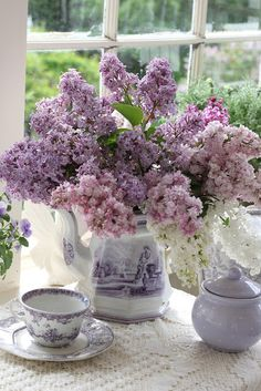 Aiken House & Gardens: Lilacs , Transferware & Teapots
