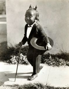 """Born in 1920, Allen Clayton Hoskins one year old when his tenure with Our Gang began. His character stayed in the series through the silent years and talking pictures. He left the series in 1931 at the age of eleven, replaced by Matthew """"Stymie"""" Beard. The name """"Farina"""", derived from a type of cereal, was chosen because its gender was ambiguous: As a toddler, Farina was portrayed as both a boy and a girl, sometimes both genders in the same film."""