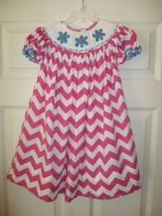 e73bbd32992 Marjorie s Daughter 3T Pink Smocked Dress Flowers Chevron Boutique Spring  Easter