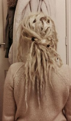 would love to bleach my dreadies some day