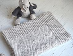 Heirloom baby blanket in neutral shades - A friend was expecting her first bub, and I wanted to create something that would be used a lot, and also, hopefully get passed on through the generations.