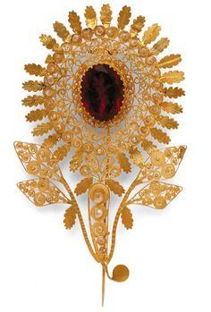 """S'AGULL'E CONCA"".pin for the scarf headpiece,Sardinian traditional gem."