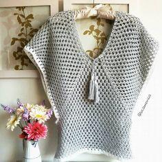 Crochet summer poncho pattern stitches ideas for 2019 Crochet Summer Tops, Knit Crochet, Crochet Shoes Pattern, Diy Crafts Crochet, Crochet Shawls And Wraps, Crochet Magazine, Crochet Cardigan, Crochet Fashion, Blouse