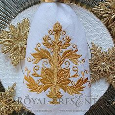 Machine Embroidery Design Gold Christmas tree