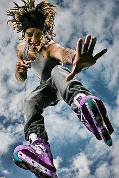 Franky Morales OMEGA XL 4 Aggressive Inline Skates, Skate Art, Inline Skating, Dynamic Poses, Drawing Poses, Rollers, Sharks, Warriors, Omega
