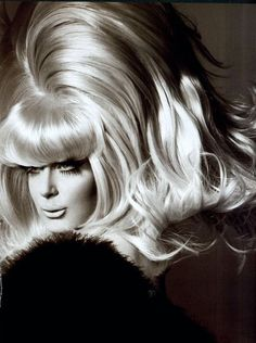 My Sister Lady Bunny! She's a comic genius and should be on the 'To Do' list for NYC tourists right under the statue of liberty. Drag Queens, Big Hair, Your Hair, Club Kids, Rupaul, Famous Women, Wig Hairstyles, Wigs, Pageant
