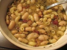 Finally!  A simple pasta e fagioli recipe that reminds me of what this soup should be. Minus the elbows...I will use ditalini.