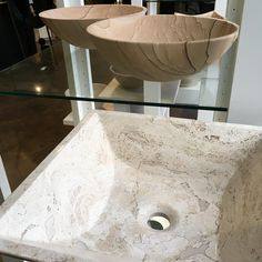 #LookForLandK vessel bowls for a great way to add a unique touch to your #customized #bathroom #vanity. 🤩 #travertine #roundvesselsink #squarevesselsink  #sinks #sink #LandKdesigns 🏡