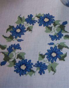 Zauberhafter Blütenkranz ... Design : Gerlinde Gebert
