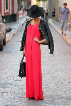 Best Summer Outfits in Red for Girls