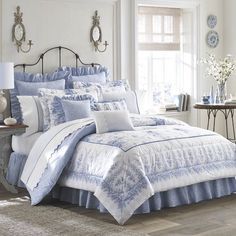 blue toile heritage manor with trapunto for the home blue rh pinterest com