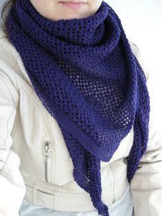 Knitted scarf Hennin, Scarves, Fashion, Scarfs, Moda, Fashion Styles, Fashion Illustrations