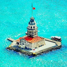 Maiden's Tower (KIZ KULESI) is one of the romantic symbol of Istanbul. It which is located at the entrance of the Bosphorus Strait.  #maidentower #istanbul #turkey #travel #turkeytravelconsultant  #ilovetravel  www.turkeytravelconsultant.com