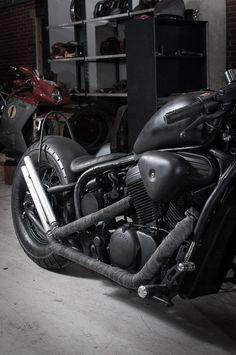 mademen_Shadow-Black-3230 Honda Shadow Bobber, Honda Bobber, Bobber Bikes, Moto Car, Black Shadow, Cool Bikes, Cars And Motorcycles, All Black, Bike Ideas