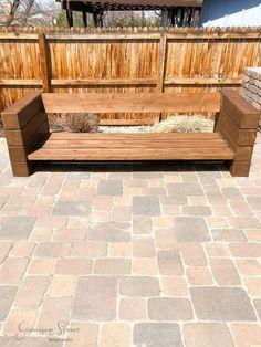 40 Awesome DIY Outdoor Bench Ideas For Backyard and Front Yard Garden - doityourzelf Garden Furniture Design, Diy Outdoor Furniture, Sofa Furniture, Furniture Ideas, Wood Patio Furniture, Diy Patio, Backyard Patio, Outdoor Seating, Outdoor Sofa