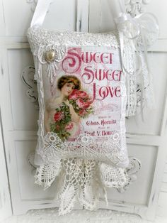 KEEPSAKE Gift Pillow w/matching tag and sachet Sweet Love