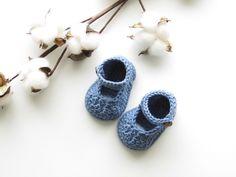 """Chaussons """"babies"""" au crochet de la boutique UneMailleEnLair sur Etsy"""