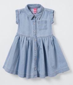 Vestido Infantil em Jeans - Tam 1 a 4 anos  - Lojas Renner Sewing Baby Clothes, Handmade Baby Clothes, Frocks For Girls, Kids Frocks, Baby Girl Dresses, Little Dresses, Girls Denim Shirt, Dress Anak, Baby Dress Patterns