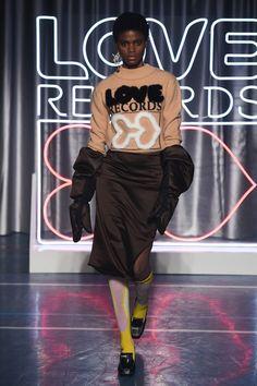 ac24702fae6 Aalto Fall 2018 Ready-to-Wear Fashion Show. VogueΦθινόπωρο ΧειμώναςΘερμός