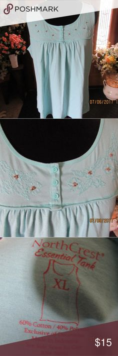 JB122.  Sleeveless Tank Top.  Size Xl Cute turquoise tank top with gathers in the front.  Size XL North Crest Tops Tank Tops