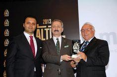 Ali Özveren Girişimcilik Ödülünü Bakanın Elinden Aldı