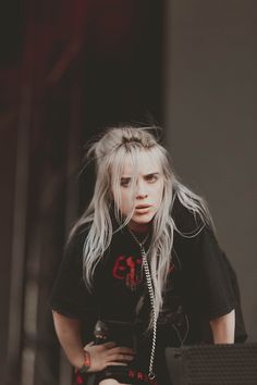Best Of Billie Eilish Pics Beyonce, Pretty People, Beautiful People, Taylor Swift, Videos Instagram, Album Cover, Girl Crushes, Music Artists, Celine Dion
