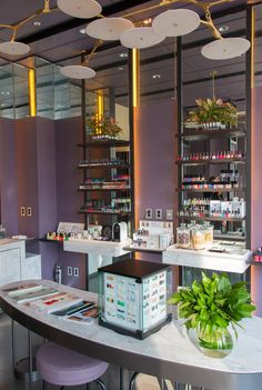 The gorgeous Nail Bar at Four Seasons Hotel Seoul.
