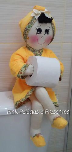 Boneca porta Papel higienico <br>Consulte o trio para lavabo Porta toalhas e Porta cotonetes <br>Em algodão e atoalhado!