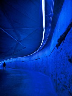 Blue tunnel ^_^