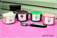 Pretend Play Ice Cream Store. Doesn't the playdough ice cream look real? These ice creams do not melt and you can use it more than once. http://hative.com/fun-pretend-play-ideas-for-kids/
