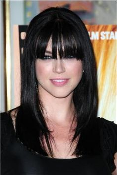 Peinados on pinterest dark hair long dark hair and - Peinados con flequillos ...