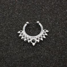 High quality metal fake nose ring Medical titanium jewelry clicker faux septum Piercing clip non Body Hoop For Women wholesale