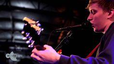 George Ezra - Budapest sessie op Motel Mozaique 2014