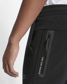 Nike Sportswear, Fashion Pants, Mens Fashion, Track Pants Mens, Men Trousers, Mens Activewear, Sport Pants, Apparel Design, Fashion Details