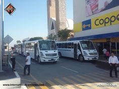 #autobús El transporte público se ha modernizado con nuevas International modelo 4700 SCD. En International Navistar, trabajamos para el mejoramiento y modernización de las rutas de transporte de México. Tal es el caso de Tamaulipas, que ya cuenta con 15 unidades nuevas.  www.internationalcamiones.com