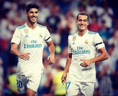 Asensio y Lucas Vázquez First Football, Football Love, Best Football Team, Lucas Vazquez, Isco, Soccer Players, Soccer Jerseys, Ronaldo, Soccer