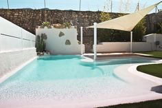 Concept pool by Concept Pools - chosen as one of the best pools of europe Swiming Pool, Swimming Pools Backyard, Swimming Pool Designs, Beach Entrance Pool, Backyard Beach, Pool Spa, Kleiner Pool Design, Container Pool, Small Pool Design